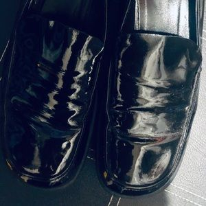 Gucci Shoes - Classic Black Gucci Loafer